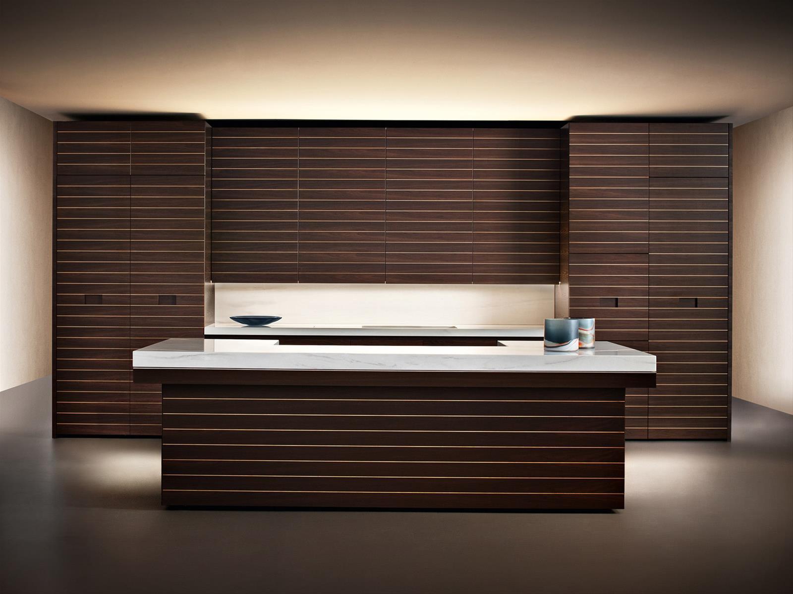 Slide armani dada cucine in legno moderne armani for Arredamento armani