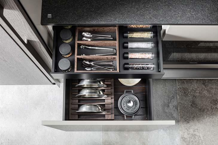 Dada Kitchen Accessories: drawer in walnut wood.